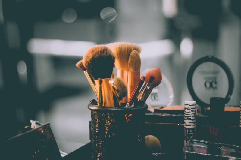 3款人工智慧彩妝,讓你在家就可試妝、立馬客製粉底液!