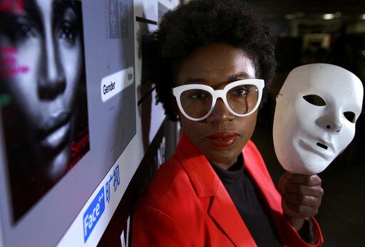AI人臉辨識只認白人!為被人工智慧認出 你願意戴上白面具嗎?