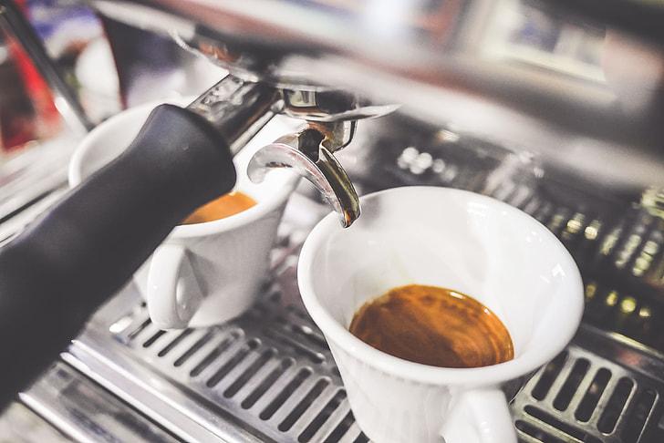 冠軍咖啡師在我家!人工智慧咖啡機「iDrip」 神還原得獎咖啡