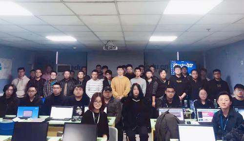 北京達內教育Java陪優班11月開班合照