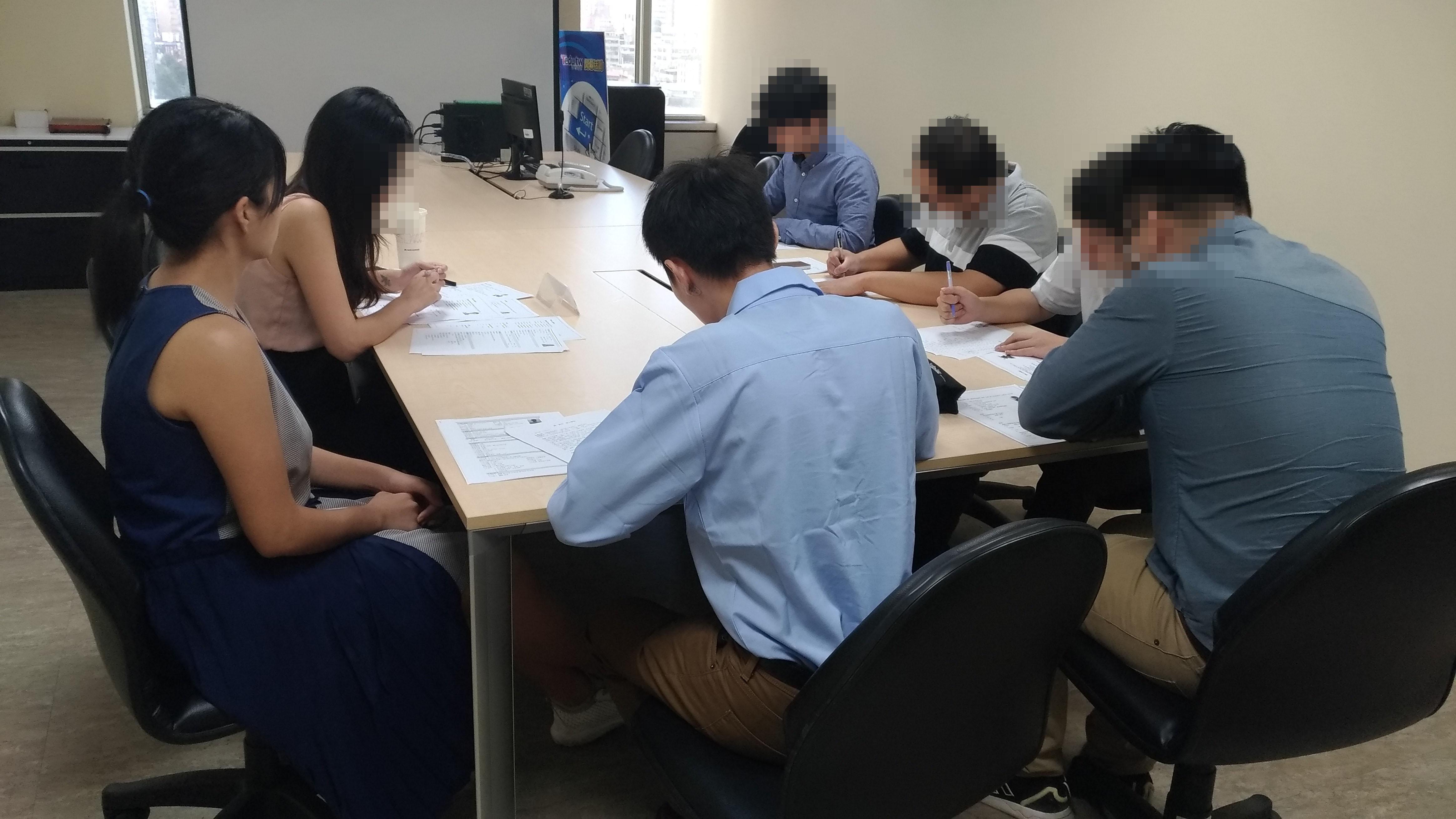 科技公司來達內教育集體面試Java工程師的圖片